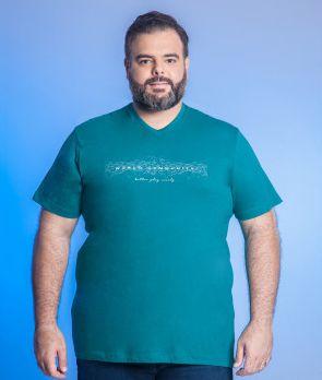 Camiseta Masculino Plus Size Gola V Estampada - Cores Diversas