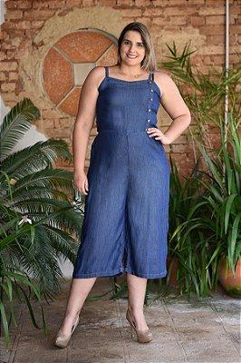 Macacão Feminino Plus Size Pantacourt com Botões