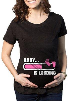 Camiseta Feminina De Gestantes Grávidas Engraçadas Baby Is Loading Menina- Personalizadas/ Customizadas/ Estampadas/ Camiseteria/ Estamparia/ Estampar/ Personalizar/ Customizar/ Criar/ Camisa Blusas Baratas Modelos Legais Loja Online