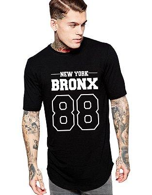 Camiseta Long Line Oversized Masculina Bronx Camisetas Barra Curvada - Camisetas Personalizadas/ Customizadas/ Estampadas/ Camiseteria/ Estamparia/ Estampar/ Personalizar/ Customizar/ Criar/ Camisa Blusas Baratas Modelos Legais Loja Online