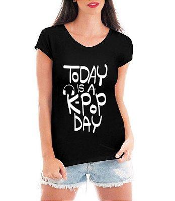 Camiseta Feminina Kpop T shirt Blusa K-pop Day Bandas - Estampadas Camisa Blusas Baratas Modelos Legais Loja Online
