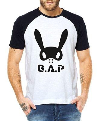Camiseta Masculina Kpop Banda B.A.P Blusa Raglan - Estampadas Camisa Blusas Baratas Modelos Legais Loja Online