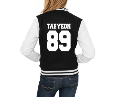 Jaqueta College Feminina Kpop Banda Girls Generation Integrantes Hyoyeon Jessica Seohyun Sooyoung Sunny Taeyeon Tiffany Yoona Yuri - Jaquetas Colegial Americana Universitária Baseball Casacos Blusa Blusão Baratos Loja Online
