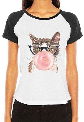 Camiseta Feminina Gato Intelectual Chiclete Engraçadas Divertidas Raglan - Personalizadas/ Customizadas/ Estampadas/ Camiseteria/ Estamparia/ Estampar/ Personalizar/ Customizar/ Criar/ Camisa Blusas Baratas Modelos Legais Loja Online