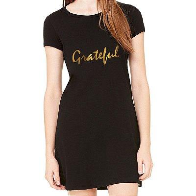 Vestido Preto Grateful em Dourado - Simples para o Dia a Dia Básico de Malha Estampado Modelos Lindos e Baratos em Preto Verão Comprar Loja Online Site Promoção Vestidos Casuais