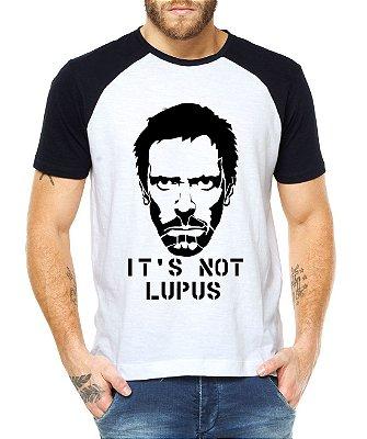 Camiseta Raglan Masculina Dr House Not Lupus - Personalizadas/ Customizadas/ Estampadas/ Camiseteria/ Estamparia/ Estampar/ Personalizar/ Customizar/ Criar/ Camisa Blusas Baratas Modelos Legais Loja Online