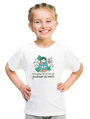 Camiseta Infantil Menina Frase Mãe Dia Das Mães Pedacinho De Mim - Personalizadas/ Customizadas/ Estampadas/ Camiseteria/ Estamparia/ Estampar/ Personalizar/ Customizar/ Criar/ Camisa Blusas Baratas Modelos Legais Loja Online