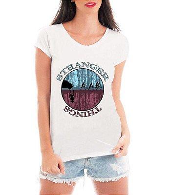 Blusa TShirt  Feminina Série Seriado Stranger Things Mundo Invertido - Personalizadas/ Customizadas/ Estampadas/ Camiseteria/ Estamparia/ Estampar/ Personalizar/ Customizar/ Criar/ Camisa Blusas Baratas Modelos Legais Loja Online