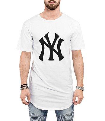 Camiseta Long Line Oversized Masculina New York Yankess Camisetas Barra Curvada - Camisetas Personalizadas/ Customizadas/ Estampadas/ Camiseteria/ Estamparia/ Estampar/ Personalizar/ Customizar/ Criar/ Camisa Barata  Loja Online