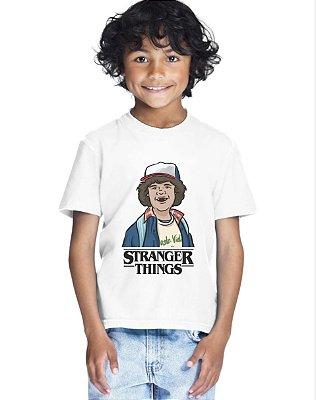 Camiseta Infantil Stranger Things Dustin Série Camiseta Menino Branca