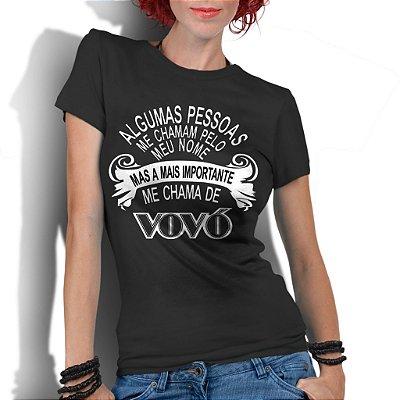 Camiseta Feminina Frases Divertidas de Vovó - Personalizadas/ Customizadas/ Estampadas/ Camiseteria/ Estamparia/ Estampar/ Personalizar/ Customizar/ Criar/ Camisa Blusas Baratas Modelos Legais Loja Online