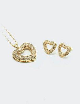 Conjunto Brincos e Pingente coração vazado cravejado em micro zircônia de qualidade 5A Premium cristal, folheação ouro 18k