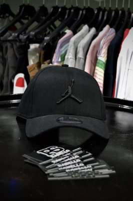 Boné New Era 'Air Jordan' Logo Preto