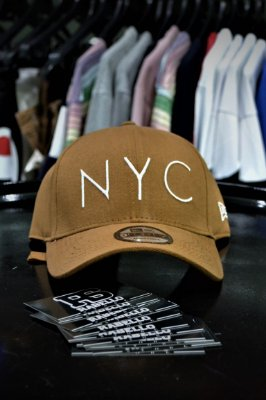 Boné New Era 'NYC' Bege
