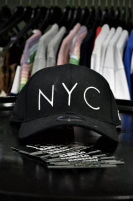 Boné New Era 'NYC' Preto