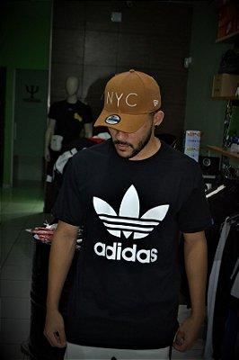 Camiseta Adidas Originals Logo Preta
