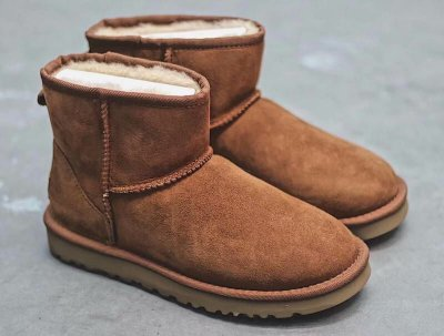 UGG Classic Mini II Boot 'Chestnut' - ENCOMENDA