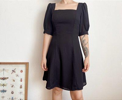 Vestido Básico Preto