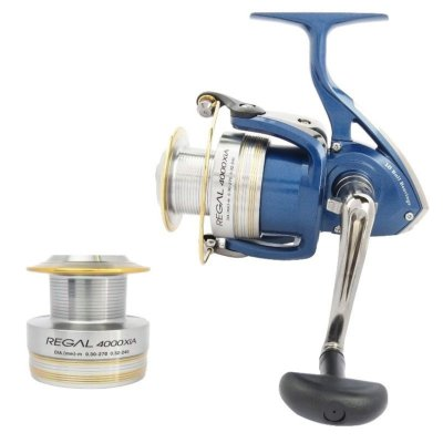 Molinete Daiwa Regal XIA