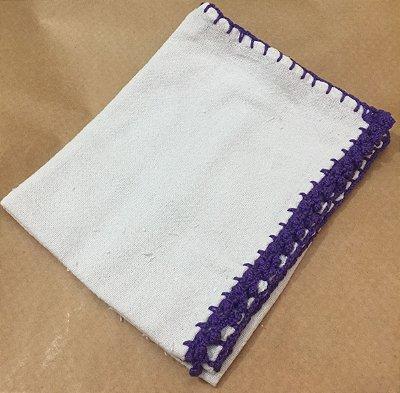 Pano Prato Branco (63x44) Barra Crochê Lilas unid