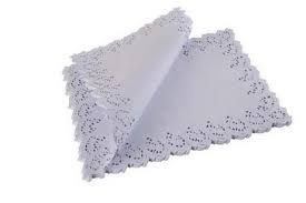 Toalha Rendada papel Mago (Doilies) mod 4531 (45x31) 100 unids