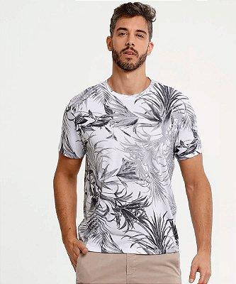 Camiseta Masculina Estampa Folhas Manga Curta