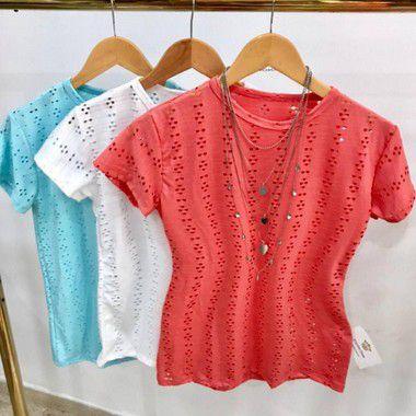 T-Shirt Karine Lesie (Diversas Cores)