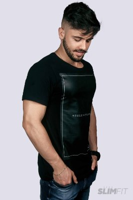 Camiseta Slim Fit Azor Preto Básico