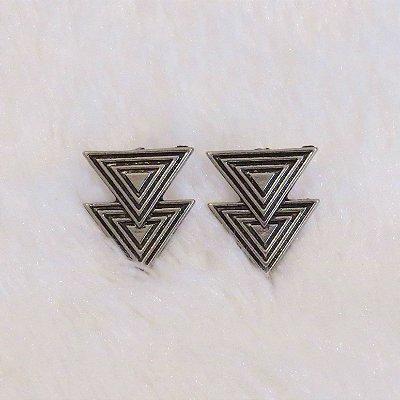 Brinco New Collection - triangular - - REF B047