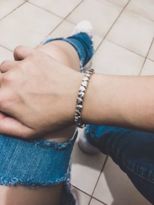Pulseira bracelete, corazon, prateada - REF P411