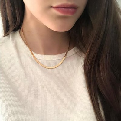 Choker amélia, line, dourada