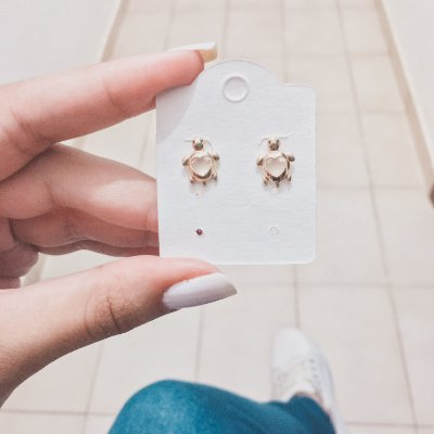 Brinco mini, tartaruga, dourado - REF B346