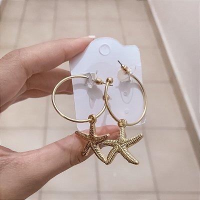 Brinco argola média, estrela do mar, dourada - REF B470