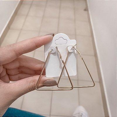 Brinco new collection, argola triângulo, dourado - REF B587