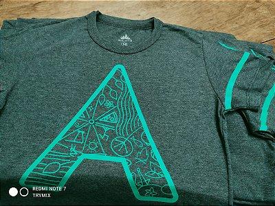 Camiseta A Grafismo Verde