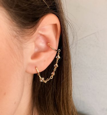 Ear Cuff Corrente de Corações Banhado a Ouro 18k