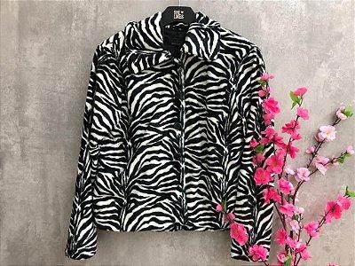Casaco Curto pelo Zebra.