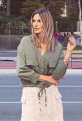 Jaqueta Lisa Com Bolso, Amarração Regulável na Cintura