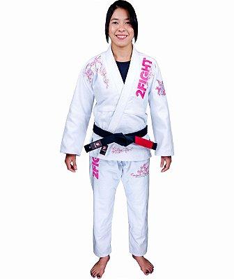 Kimono BJJ - ESPIRITO FEMININO/CEREJA JAPONESA cor Branco