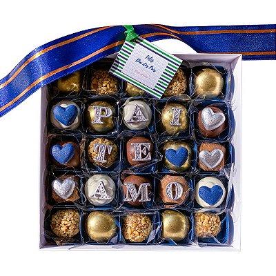 Caixa com 25 doces Decorados PAIS
