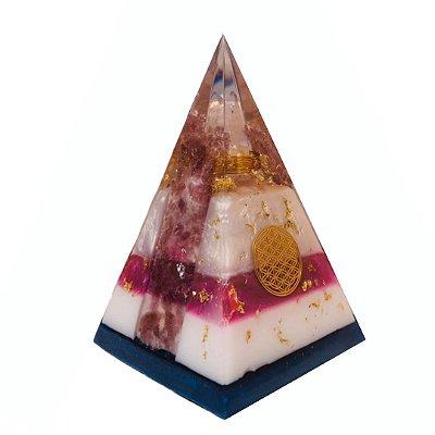 Orgonite NuBIAN Cascata de Mica Rosa, Quartzo Lemuriano e símbolo Flor da Vida - Base 10cm x 17cm Altura