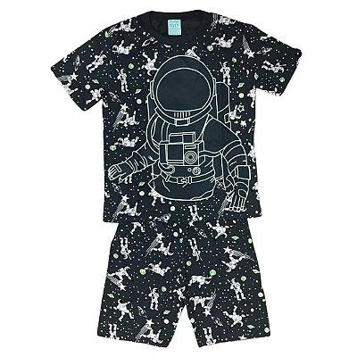 Pijama Curto Infantil Masculino Astronauta que Brilha no Escuro