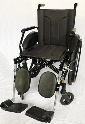 Cadeira de Rodas com Braços Escamoteáveis e Elevação de Panturrilha CDS