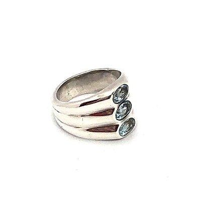 Anel prata 925 com três pedras água marinha