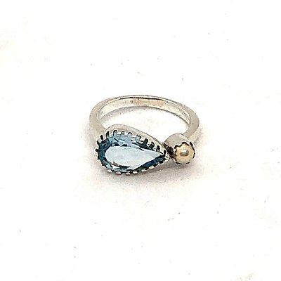 Anel gota topázio azul com pérola e prata 925