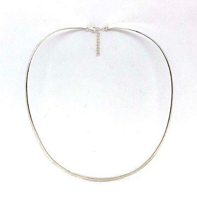 Colar choker não flexível em prata 925 com fecho