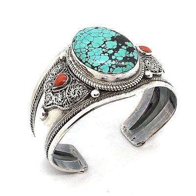 Bracelete turquesa com detalhe em corais e prata 925 trabalhada