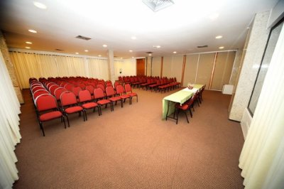 Sala de Eventos Para 125 Pessoas - Diária