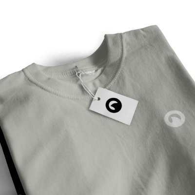 Camiseta Básica - Cinza