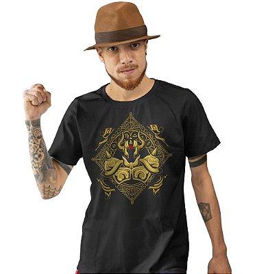 Camiseta Cavaleiros do Zodíaco - Armadura de Ouro de Touro